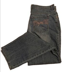 GLORIA VANDERBILT blue jeans
